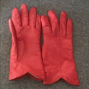 Accessories - Vintage red leather gloves small